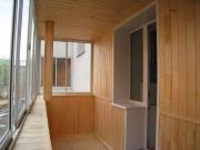 Отделка балкона или лоджии деревянным Блок Хаусом внутри