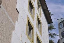 Утепление фасада дома пенопластом: нюансы и этапы работ